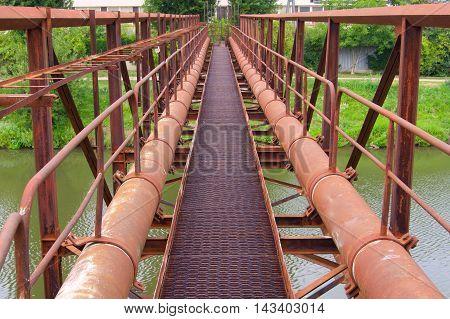 Bridge of the gas pipe industrial equipment