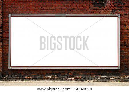 Plakat auf Ziegelmauer