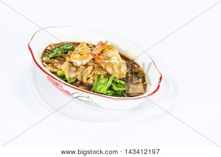 Seafood and Noodles in a Creamy Sauce Rad Na noodles delicious tradition thai food