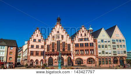 Roemerberg In Frankfurt Hdr