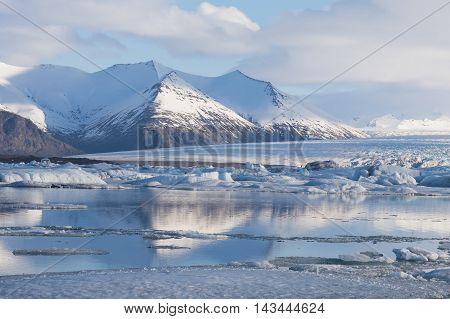 Jokulsarlon lagoon, Beautiful cold landscape view of icelandic glacier lagoon bay, Iceland