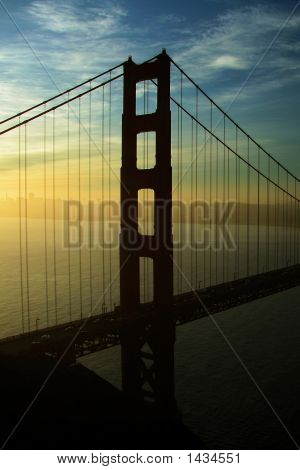 Golden Gate Left Pole Silhouete
