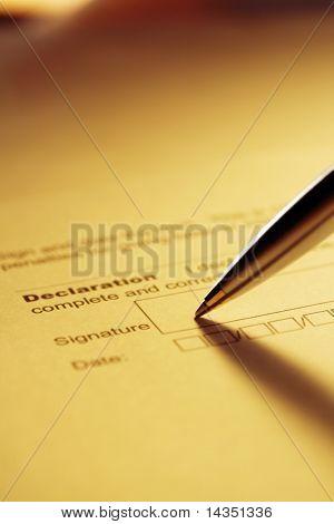 Stift Erklärung.  Silber und gold Kugelschreiber.