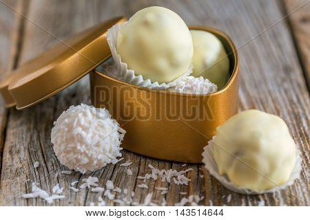 Truffles With White Chocolate.