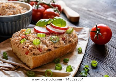Tuna Spread With Red Pepper And Green Onion