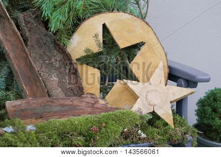 Country style handmade christmas decoration for outdoors.