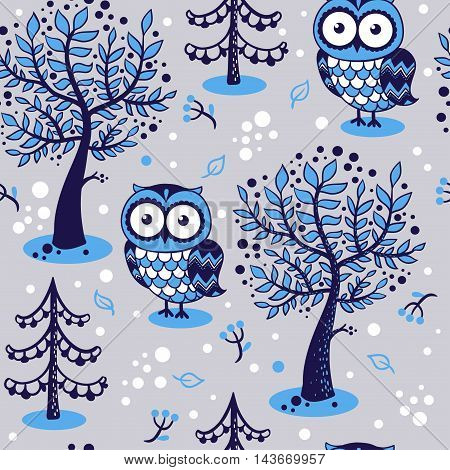 Childish seamless pattern with owls in vector.