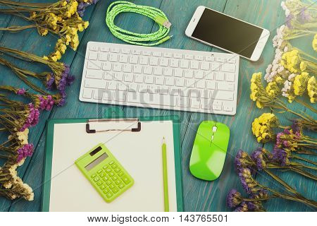 Slim Keyboard, Green Mouse, Smart Phone, Clipboard, Calculator, Blank Paper, Pencil, Cord, Colorful
