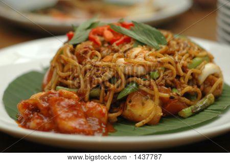 Fried Noodles Mamak Style