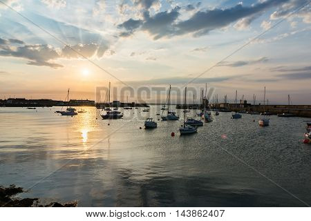 Floating Boats Sunset Anchored Harbor Howth Ireland Landscape