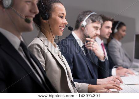 Service Desk Consultant
