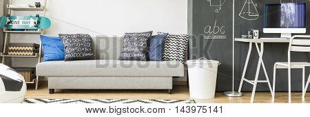 Minimalistic Design In Teenager's Room