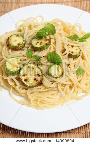Courgettes With Spaghetti And Mint Vertical