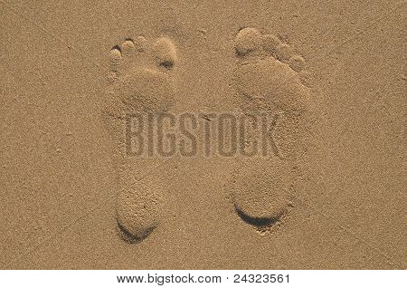 Two footprints on send
