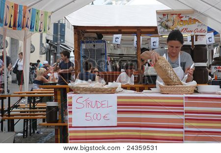 Strudel Stall, Friuli Doc