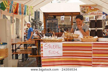 Strudel Stall, Udine Friuli Doc