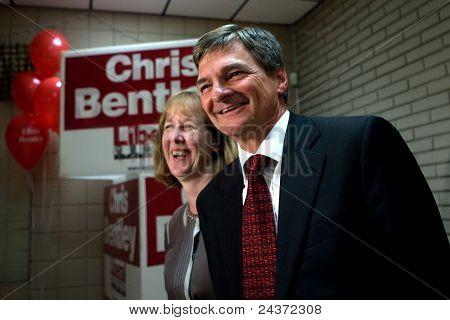 Chris Bentley reelegido.
