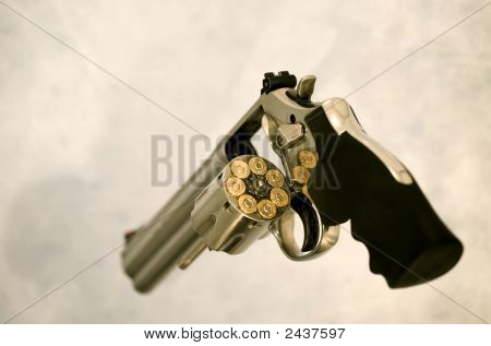 Full Loaded Magnum 357 Revolver