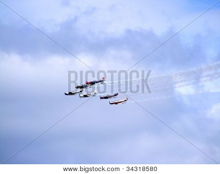 Six yak-50 in the air