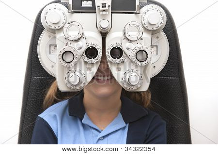eye test phoropter