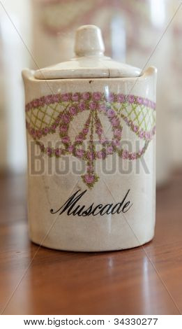Antique spice jar for clove, in French muscade