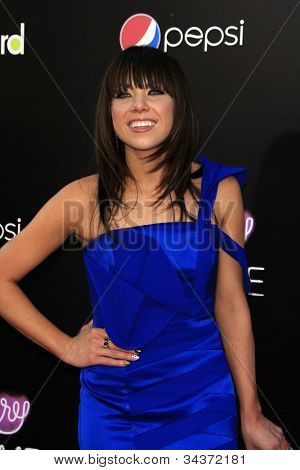 LOS ANGELES - JUN 26:  Carly Rae Jepsen arrives at the