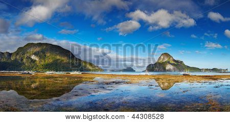 El Nido bay and Cadlao island at low tide, Palawan, Philippines