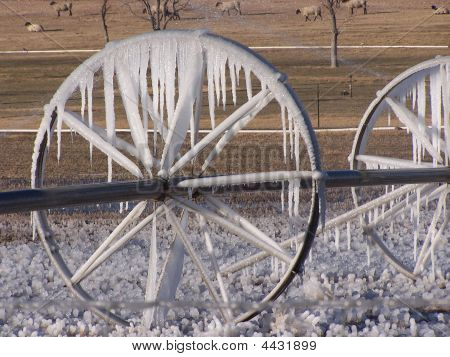 Ice On side-roll sprinkler