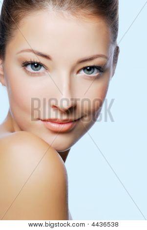 Bela mulher caucasiana