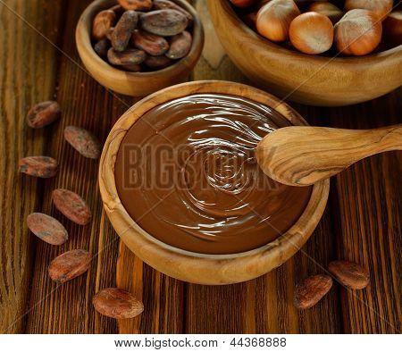 Chocolate, cacau e avelãs