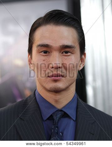 LOS ANGELES - OCT 02:  KARL YUNE arrives to the