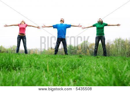 Happy Friends springen
