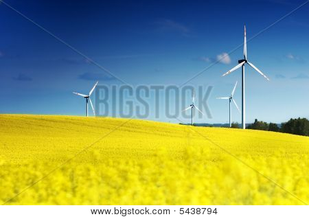 Windkraftanlagen.