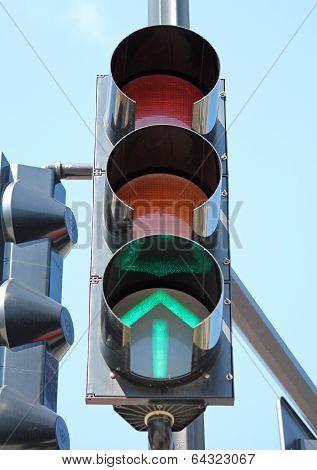 Green Traffic Signal