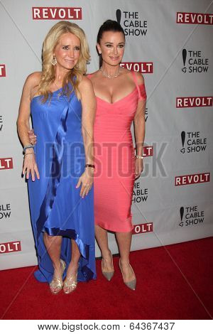 LOS ANGELES - APR 30:  Kim Richards, Kyle Richards at the NCTA's Chairman's Gala Celebrationof Cable with REVOLT at The Belasco Theater on April 30, 2014 in Los Angeles, CA