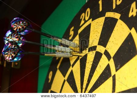 Dart board and darts