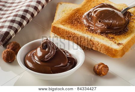 Fresh Toast With Sweet Chocolate Spread For Breakfast