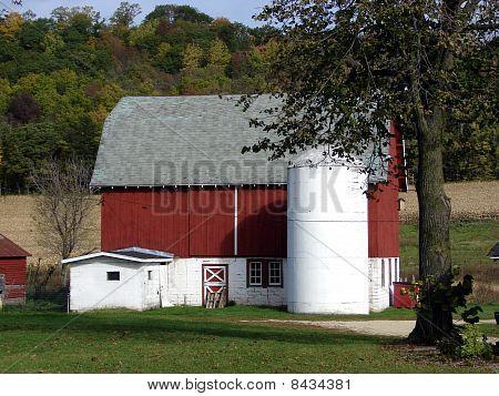 red barn farm buildings