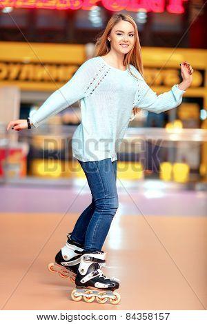 Beautiful girl on the rollerdrome