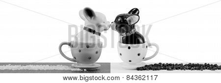 Salt and pepper shakers french bulldog black and white