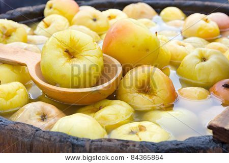Pickled Apples.