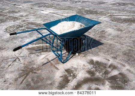 Use Salt Trolley.