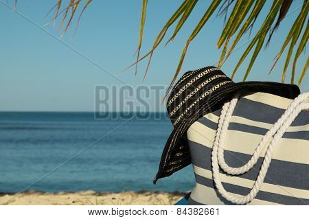 Striped Beach Bag And Hat