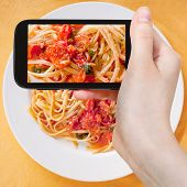 foto of spaghetti  - photographing food concept  - JPG