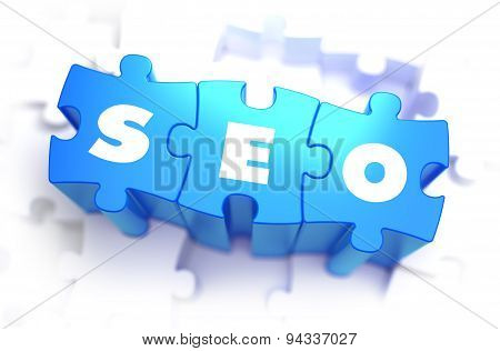SEO - Text on Blue Puzzles.