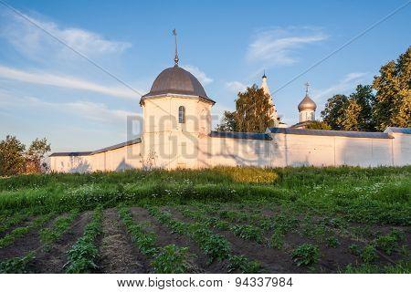 Potatoes in the monastery