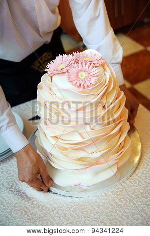 Wedding Cake With Chrysanthemums