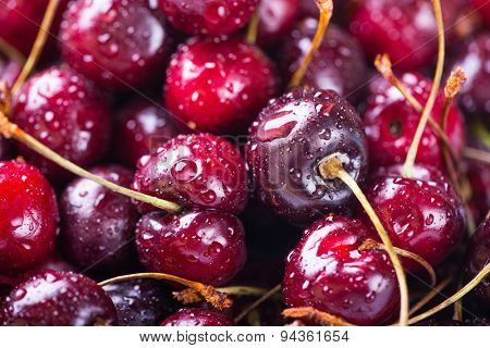 Ripe cherries, close-up image