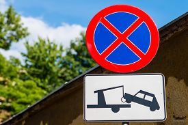 pic of no entry  - Clearway sign  - JPG