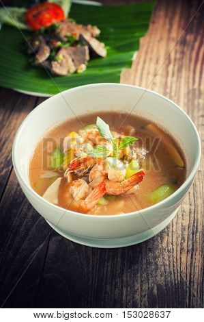Thai Spicy Mixed Vegetable Soup with Prawns